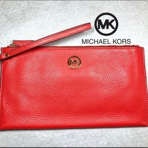 AUTHENTIC Michael Kors Large Zip Clutch